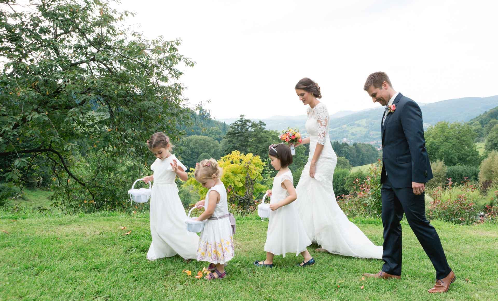 Hochzeit auf dem Hofgut Hohenstein Blumenkinder
